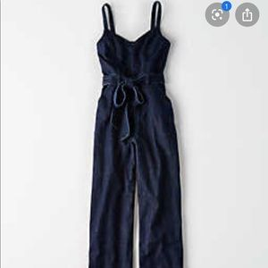 🎁NWT! American Eagle Tie Front Jumpsuit